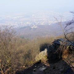 Blick nach Alsbach und zum Alsbacher Schloss
