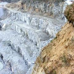 Blick zur Steinbruchkante