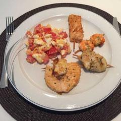 Fischspieschen mit Tomaten- Eisalat