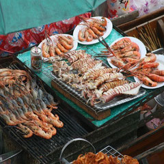 der schwimmende Markt von Amphawa