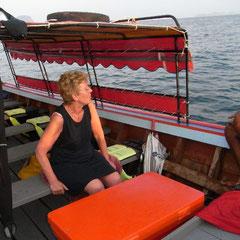 Renate auf dem Boot