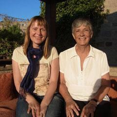Marita mit Emily, der Besitzerin der Pension