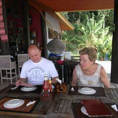 unser erstes Mittagessen auf der Insel