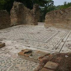 Mosaikboden eines römischen Bades