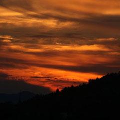 Sonnenuntergang von unserer Terrasse