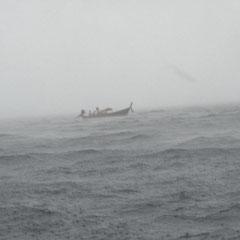 immer mehr Boote suchten Schutz in der Bucht in der wir standen