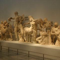 Statuen die in Olympia ausgegraben wurden