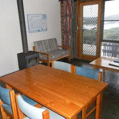 Wohnzimmer in unserer Blockhütte