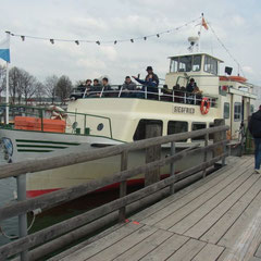 auf dem Weg zum Boot