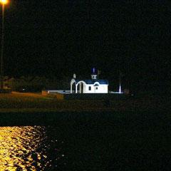 wieder in Kyllini - Kirchlein in der Hafeneinfahrt