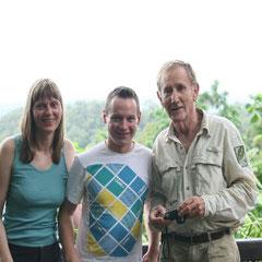 an einem schönen Aussichtspunkt - Marita,Tristan und Pete