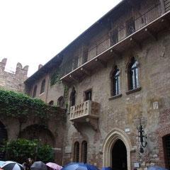 der wohl bekannteste Balkon der geschichte