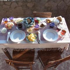 unser letztes Frühstück bei Emily