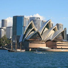 die Oper und die Skyline von Sydney