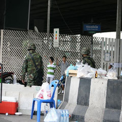 zurück in Bangkok-die Lage spitzt sich zu