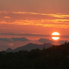 und wieder ein schöner Sonnenuntergang von unserer Terrasse