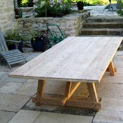 Atelier Marquis - Table exterieure en mélèze