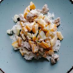 Zucchini mit Hackfleisch in Sahnesoße und Reis, glutenfrei