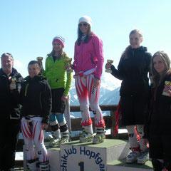 v.l.n.r. TSV BR Georg Schwenter, 4. Rang Annett Riedmann, 2. Rang Katrin Hinterholzer, 1. Rang Carina Dengscherz, 3. Rang Hanna Margreiter, 5. Rang Isabell Rieser