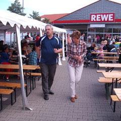REWE in Empelde 2012 Elke, Jürgen,