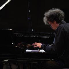 На заключительном концерте конкурса Полифоника 2013 в Смольном соборе