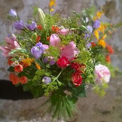 Bouquet deuil coloré  30 euros