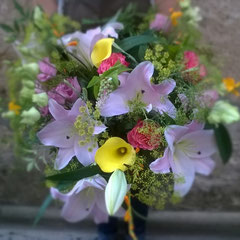 Bouquet deuil lys   50 euros