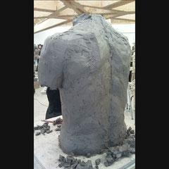 Buste d'homme en terre, echelle 1.