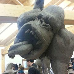 Sculpture d'un hybride entre un gorille et une giraffe. ( Troisième et dernière partie de l'éxercice )