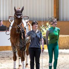 Sontje Dorschner mit Longenführerin Heide Pozepnia und Dunhill qualifizierte sich für den 5-Ländervergleichswettkampf 2017- Vielen Dank an KlickVolti (Jürgen Wilfing) für das tolle Bild!