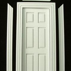Porte en bois blanche (matériel de construction pour maison de poupées)