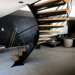 fabrication et pose d'un escalier bois et métal à nîmes