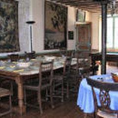 la salle à manger (petit déjeuner)