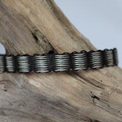 Pferdehaararmband aus Schweifhaar, 2farbig gewebt, Edelstahlverschluss, €55,-