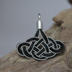 """Pferdehaaranhänger """"keltischer Knoten-Wolke"""" aus Schweifhaar, Zinndraht mit 4% Silberanteil, handgefertigte Aufhängung aus 925/er Silber.  € 80,-"""