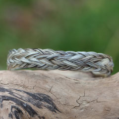 Pferdehaararmband aus Schweifhaar, 7fach geflochten, Edelstahlverschluss, €55,-