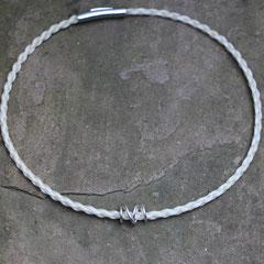 Pferdehaarkette aus Schweifhaar, mit handgearbeiteter 925/er Silberspirale, Edelstahlverschluss, €95,-