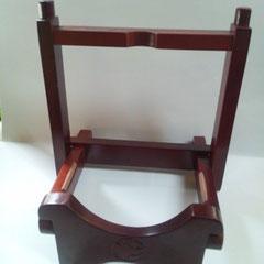 三線スタンド(折り畳み)茶 2,500円