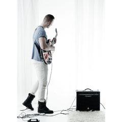die e-gitarre kann auch gerne mit