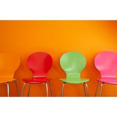 stilleben stühle