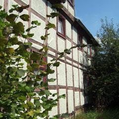 Haus 3 Ehemaliger Laden neben Kirche und Pfarrhaus