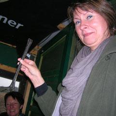 Frau Klemme erzählt uns eine Sage über einen Kranich, der nur 3 Füße hat