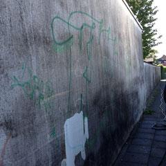 Graffiti auf Fassade