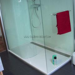 Lackierte Dusch-Rückwände