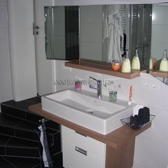 Badmöbel mit Spiegelschrank
