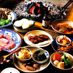 冬の一例 ヤーコンのきんぴら、赤カブの酢の物、コンニャクの柚子味噌がけ、シュンギクの胡麻和え、ダイコンのあんかけ、、、