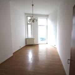 100qm gro e 3 zimmer wohnung in guter zentraler innenstadtlage westenberger immobilien. Black Bedroom Furniture Sets. Home Design Ideas