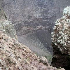 Der Krater des Vesuv