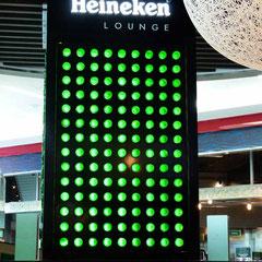 In der Heineken Lounge am Airport