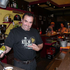 Toni in Havana Café (mit neuem Köln-TShirt)